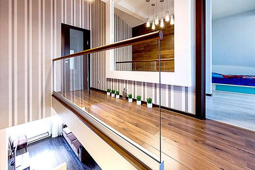 Ограждение для лестницы из стекла серии Eco